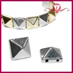 Piramidki z akrylu