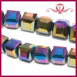 Szklane kostki fasetowane