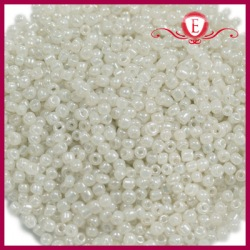 Koraliki szklane drobne - Pearl