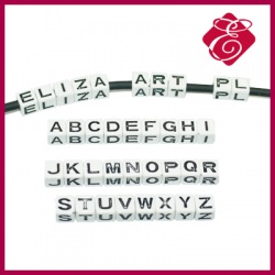 Kostka akrylowa litera H