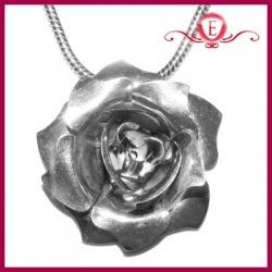 Zawieszka róża